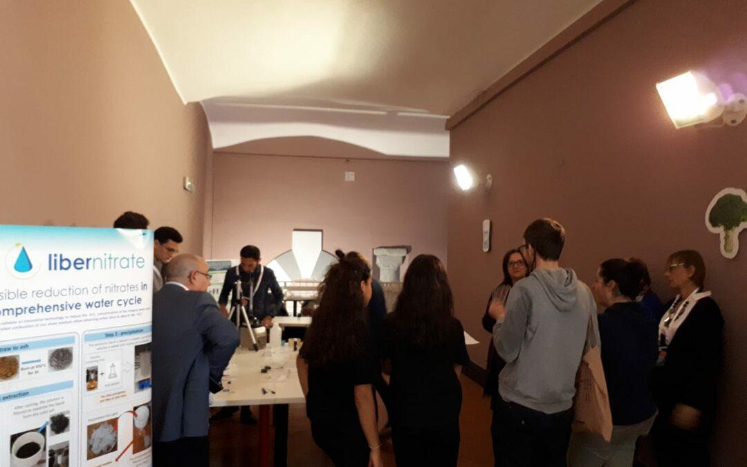 El stand deLIFE Libernitrate en el Festival della Scienza ha generado gran expectación en Génova